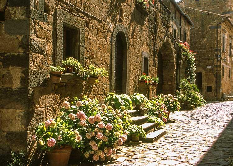 Taking Back Streets >> Travel Journal Italy - Citiva di Bagnoregio - Latium Italy - Marcus Travels